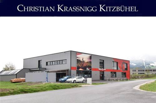 Gewerbeobjekt mit Verkaufsflächen und Autowerkstatt