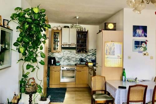 helle 3-Zimmer Wohnung mit Garagenstellplatz!