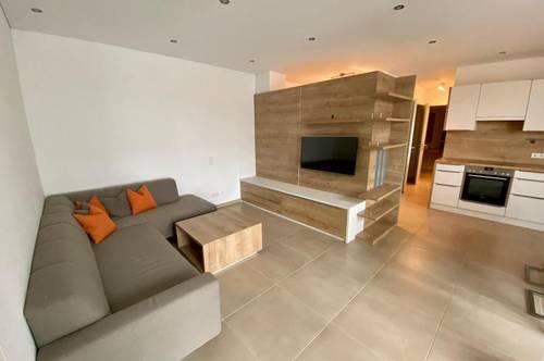 Möblierte 2 Zimmerwohnung mit Loggia
