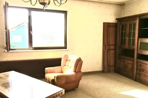 Helle 3-Zimmerwohnung mit Gemeinschaftsgarten Nähe Gewerbegebiet und SCS