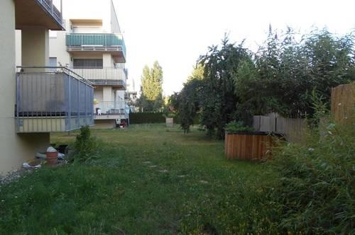 Peter Rosegger mit GARTEN 3ZI Terrasse ruhig, ökologisch in Massivholz/Lehmbauweise ab 1.Sept.