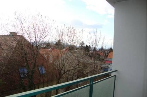 Waltendorf: sonnige Pärchen-Wohnung in bester Lage - 2 Loggien - saniert - ab sofort - Lift