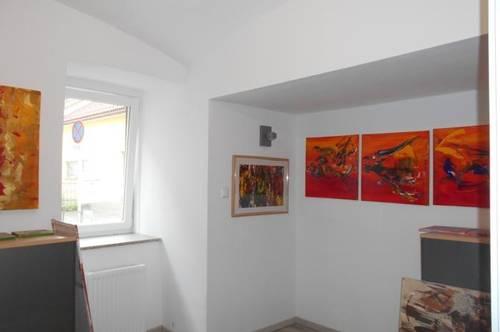 Büro/ Praxis/ Studio 5 Räume mit Charme generalsaniert, barrierefrei beim Stadtpark, LCS