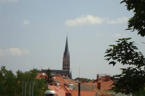 Uni-Nähe - 4er WG - große Zimmer - 2 Bäder - Blick zur Herz-Jesu-Kirche - sehr zentral