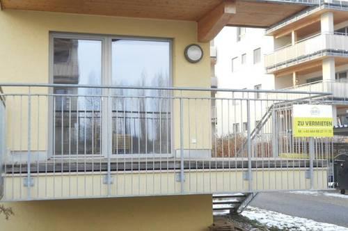 RH-Süd Peter Rosegger  sonnige 3ZI, Balkon  mit Außenzugang, Grünfläche  ökologisch Holz/Lehm