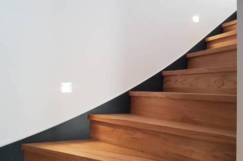 #Altbauliebhaber aufgepasst - außergewöhnliche 2-Zimmer Dachgeschosswohnung mit Loft-Feeling - 16G6711