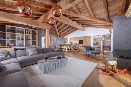 Luxus Dachgeschosswohnung in bester Lage von Kirchberg