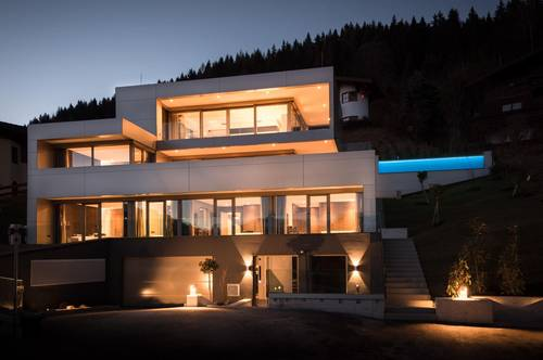 Beeindruckende Design-Liegenschaft in Zell am See