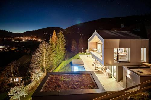 Modernes Luxus Chalet mit spektakulärem Bergblick in Skiliftnähe