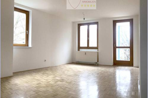 >>3 Zimmer Wohnung