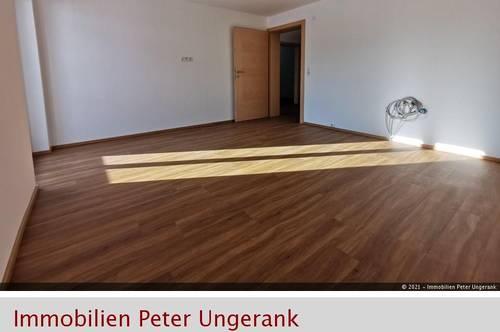 ERSTBEZUG - sanierte Dachgeschosswohnung in Fügen