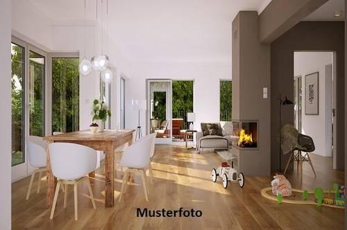 Haus, Ulmerfeld-Hausmening Versteigerungsobjekt