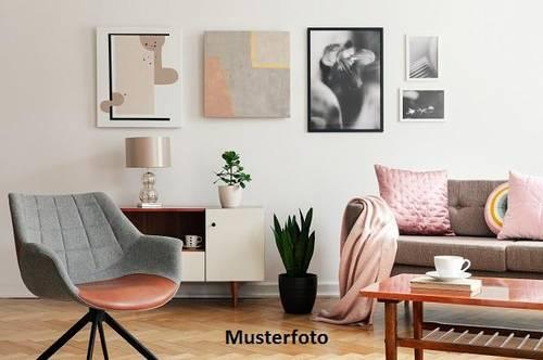 Maisonette-Wohnung mit Loggia