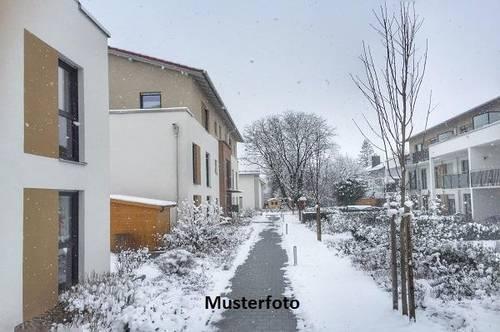 Maisonette- Wohnung mit Pkw-Stellplatz