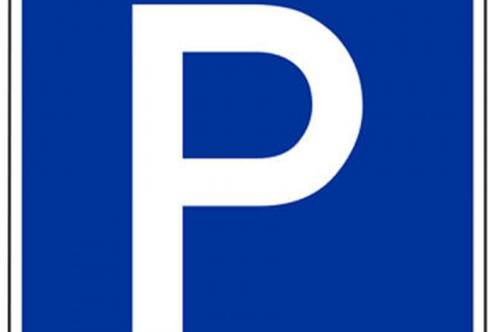 Erstvermietung nach Generalsanierung! Gesicherter Tiefgaragen- Parkplatz ! Preisreduktion bei Abnahme im Paket !