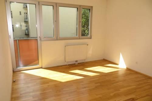 Sonnige 3 Zimmer-Wohnung mit zwei Balkone, WG tauglich, Nähe U6 Alser Straße