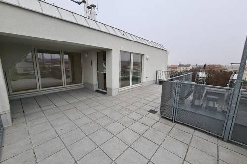 3 Zimmer-Dachgeschoßmaisonette mit großer Terrasse! Provisionsfrei! 1 Monat Mietfreistellung!