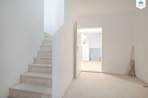 Wunderschön sanierte 5-Zimmer-DG Maisonette mit BALKON zu vermieten - ERSTBEZUG!!! FERTIG AB 01.12.21