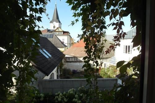 GRÄUMIGES STADTHAUS MIT AUSBLICK ALTSTADT WEITRA - Wohnungseigentum Top 2