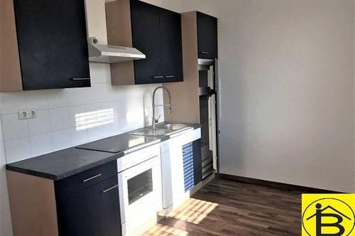 13708 - 45 m² Wfl, Südseitig, 2 Zimmer, Parkplatz