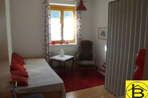 13342 Studentenzimmer mit Gartenbenützung und Blick auf Stift Göttweig