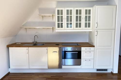 Renovierte Stadtwohnung inkl. Einbauküche im Zentrum von Steyr - Top 03 - Provisionsfreie