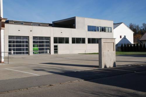 Gewerbe-/Lager-/Logistik-Halle Nähe Braunau