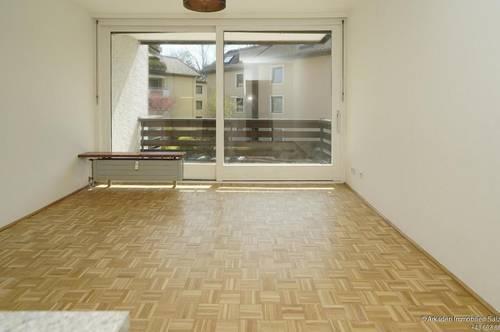 Sanierte Kleinwohnung mit Balkon und Parkplatz - Salzburg-Nonntal-Petersbrunnhof