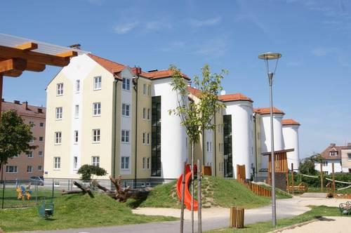 Geförderte 3 Zimmer Wohnung mit Balkon und zugehörigen Stellplatz