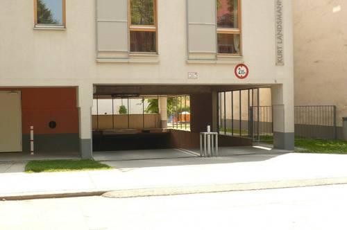 freie Garagenplätze