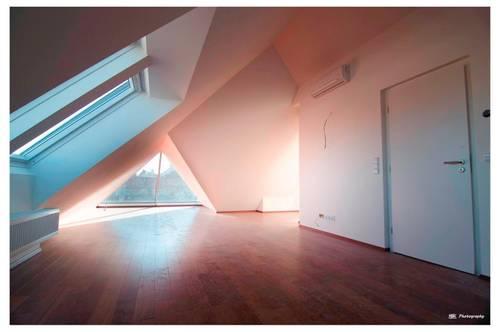Dachgeschosswohnung in U-Bahn Nähe - Provisionsfrei