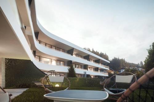 Trés Chic Top 11 - Charakteristische 2-Zimmer-Wohnung mit großem Garten