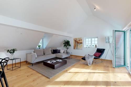 Einzigartige Dachgeschosswohnung im Zentrum von Gmunden zu mieten (3D Tour)