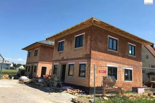 Neues Ziegelmassiv Einfamilienhaus - Auf Eigengrund - Nähe St. Pölten