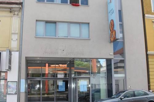 Geschäftslokal in der Grießkirchnerstraße inkl. Gastgarten zu vermieten