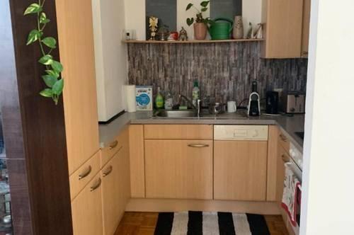 Nette Dachgeschosswohnung in der Neustadt wo Preis - Leistung stimmt