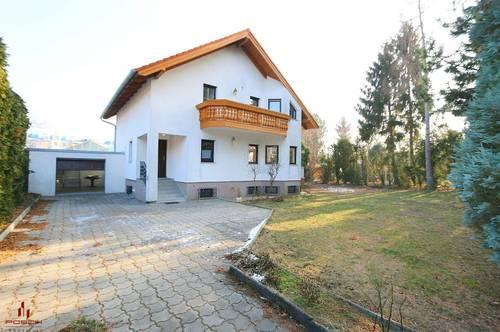 Helles, großes Haus mit Garten, 4-5 Zimmer, Grünruhelage, Terrasse, Abstellplatz und Garage