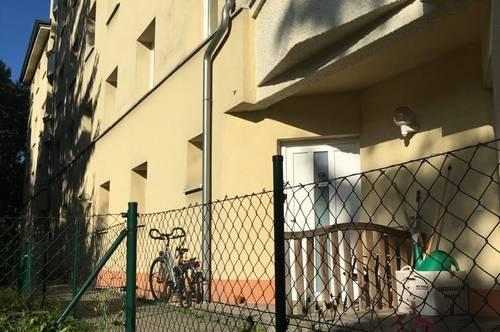 Nette 2 Zimmer - Gartenwohnung mit Parkplatz in Zentrumsnähe