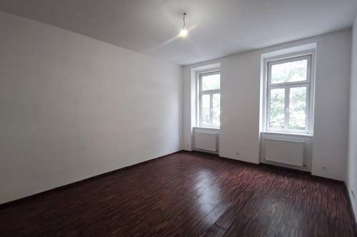 Hofruhelage-schöne Altbauwohnung- 2 Zimmer- 65m²- 3,10m Deckenhöhe- 16,06 m² Balkonzubau