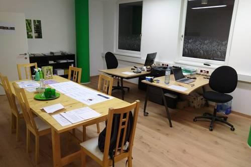 Wögl: Preiswertes Büro mit 142,53 m² zu Verkaufen oder zu Vermieten