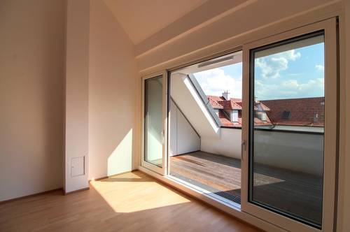 3 Zimmer - DG Wohnung mitten in Gumpoldskirchen