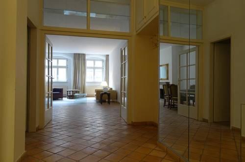 Altstadt - Helle und geräumige 2 Zimmer-Wohnung