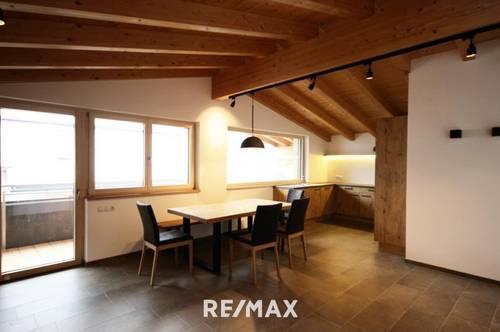 ERSTBEZUG- großzügige 3 Zimmer Wohnung mit Penthousecharakter in Stumm