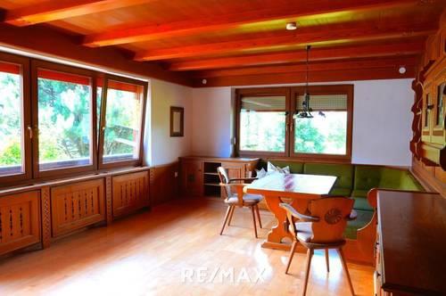 Mietwohnung mit Gartennutzung im Zwei-Familienhaus