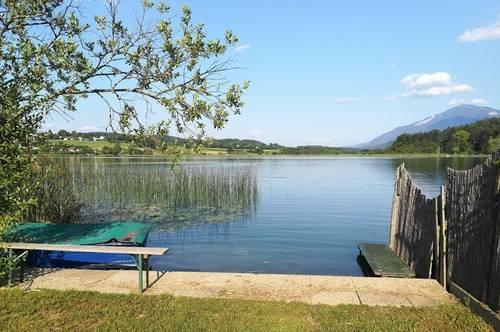 Traumhaftes Seegrundstück mit Badehaus am Turnersee