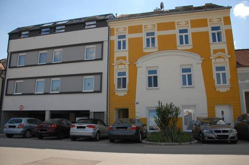 ProvisionsFREI + Hauptplatznähe: großzügige 3-Zimmer-Wohnung