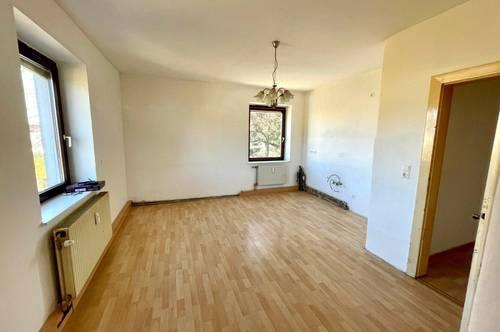 Bastlerwohnung | 2 Zimmer | Grünblick