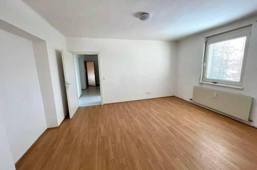 2 Zimmer - Provisionsfrei - kleiner Balkon