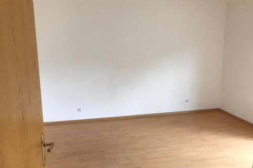 2 Zimmer - kleiner Südbalkon - provisionsfrei