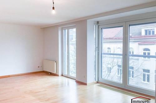Charmante Maisonettewohnung mit Balkon und Flair (WG-geeignet)
